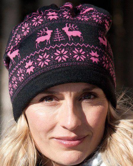 pink reindeer hat/neckwarmer